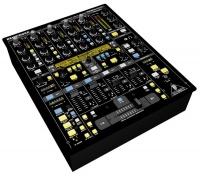 Behringer DDM4000 Digital Pro DJ Mixer Photo