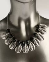 Ruby Rocks Leaf Statement Necklace Black/Silver Photo