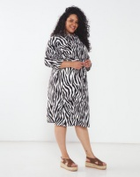 Queenspark Plus Collection Longer Length Printed Woven Jacket Black/White Photo