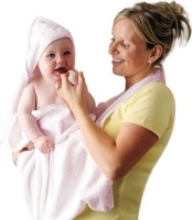 Clevamama Splash & Wrap Bath Towel - Pink Photo