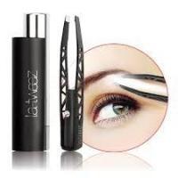 La Tweez Black Pro Illuminating Tweezers with Lipstick Case -Black Photo
