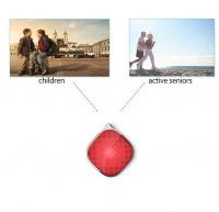 Mini GPS Tracker Pendant SOS & 2 Way Voice Calling Cellphone Photo