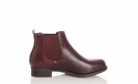 Quiz Ladies Berry Chelsea Ankle Boots - Berry Photo