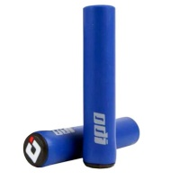 Xtreme Xccessories 2 Piece Silicone AntiSlip Bicycle Grips Blue Photo