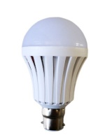 Umlozi Intelligent Rechargeable Light Bulb - LED 5W Bayonet Photo