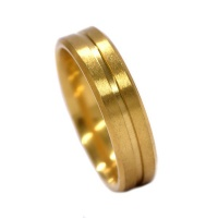 Xcalibur Matt 6mm Ring With Fine Linear Inlay - Stainless Steel - Gold Photo
