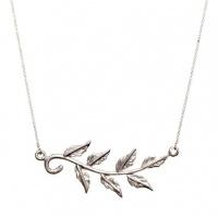 Pretty Silver Vine Necklace Photo