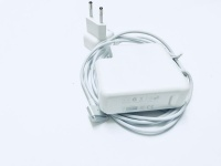 Apple Replacement MacBook Pro Retina 85W Charger Photo