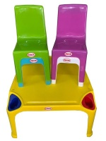 4x Toddlers Chairs Plastic Chairs Nice Chairs & Table Photo