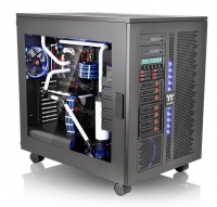 Thermaltake Core W200 Super Tower Chassis Photo