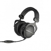 Beyerdynamic DT 770 M 80 ohms Professional Monitoring Headphones Photo