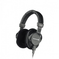 Beyerdynamic DT 250 80 ohm Broadcasting Headphones Photo