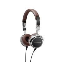 Beyerdynamic Aventho Wireless Headphones Photo