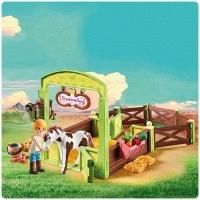 Playmobil - Spirit Horse Box With Abigail & Boomerang Photo