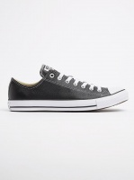 Chuck Taylor Leather Lo Sneakers Black Photo