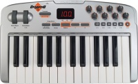m audio oxygen 8 v2 keyboard controlloer midi controller