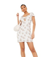 I Saw it First Ladies White Woven Floral Twist Front Sweetheart Bodycon Dress