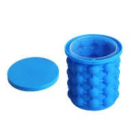 Portable Silicone Ice Cube Maker