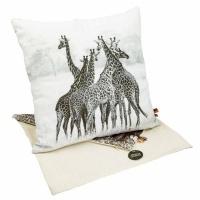 scatter cushion cover giraffe 40 x 40cm cushion