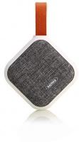 remax 3w bluetooth portable speaker white fabric